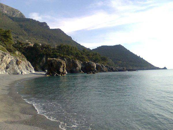 Spiagga di Calaficarra, Maratea (Luke18389 - Own work, CC BY-SA 3.0, Wikicommons)
