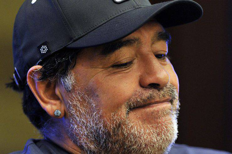 "Argentine former football player Diego Maradona offers a press conference in Bogota, on April 9, 2015. Maradona will play in a ""pro-peace match"" in the Bogota tomorrow in support of Colombia's ongoing peace process.  AFP PHOTO / GUILLERMO LEGARIA        (Photo credit should read GUILLERMO LEGARIA/AFP/Getty Images)"