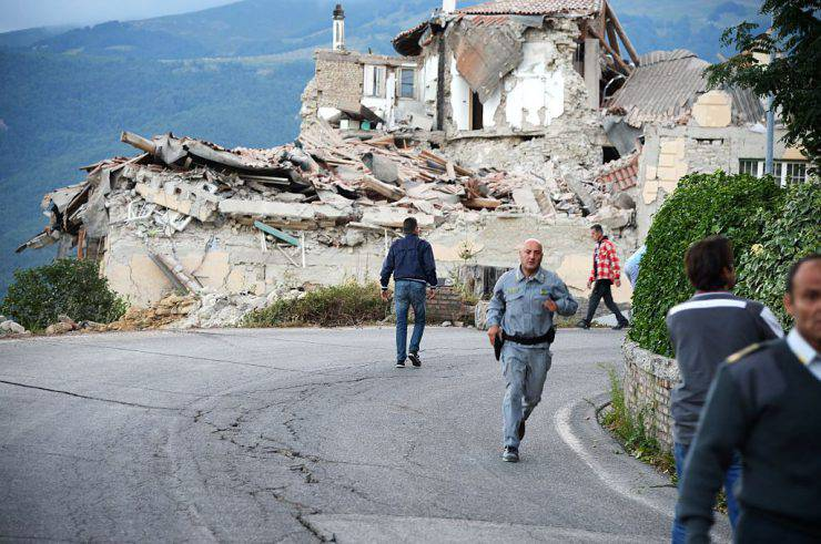 Terremoto ad Amatrice del 24 agosto 2016 (FILIPPO MONTEFORTE/AFP/Getty Images)