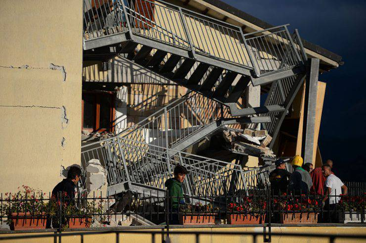 Hotel Roma ad Amatrice dopo il terremoto (FILIPPO MONTEFORTE/AFP/Getty Images)
