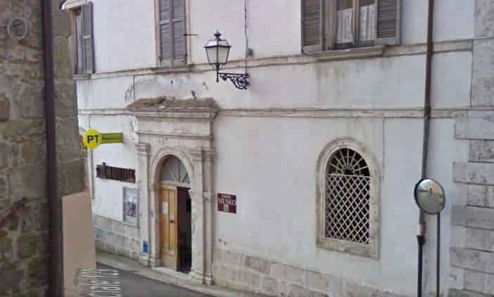 Arquata dl Tronto, ufficio postale (Google Street View)