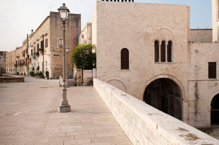 Bari, San Nicola (francesco_de_napoli, iStock)