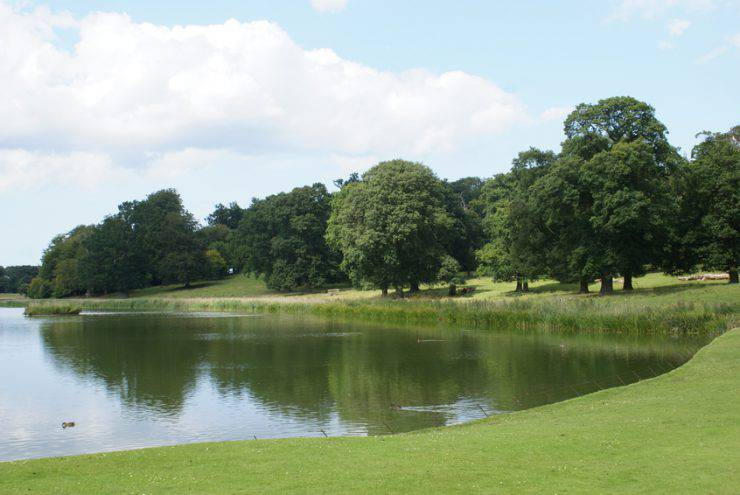 Lago Blickling, Norwich, Norfolk, Inghilterra (iStock)