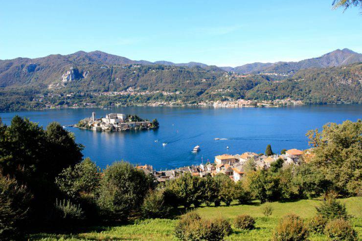 Lago d'Orta con Isola di San Giulio (Valeria Cantone, iStock)