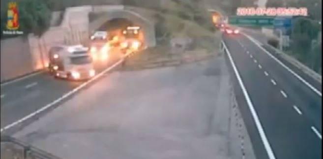 Tir sulla A10 Savona Ventimiglia (Screenshot)