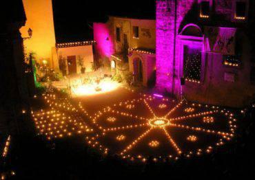 Vallerano: la Notte delle Candele (Foto Facebook)