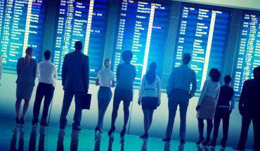 Tabellone dei voli in aeroporto (iStock)