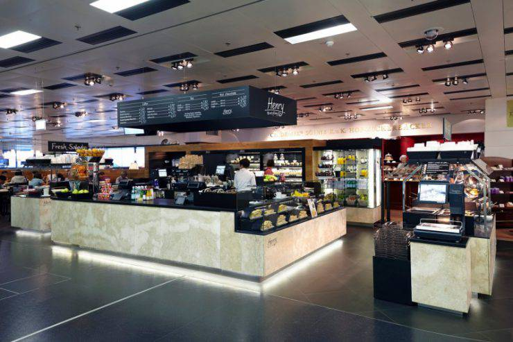 Ristorante all'aeroporto di Vienna (www.viennaairport.com)