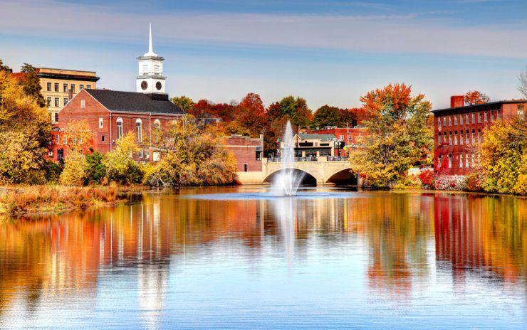 Nashua is a city in Hillsborough County, New Hampshire and is the second largest city in the state
