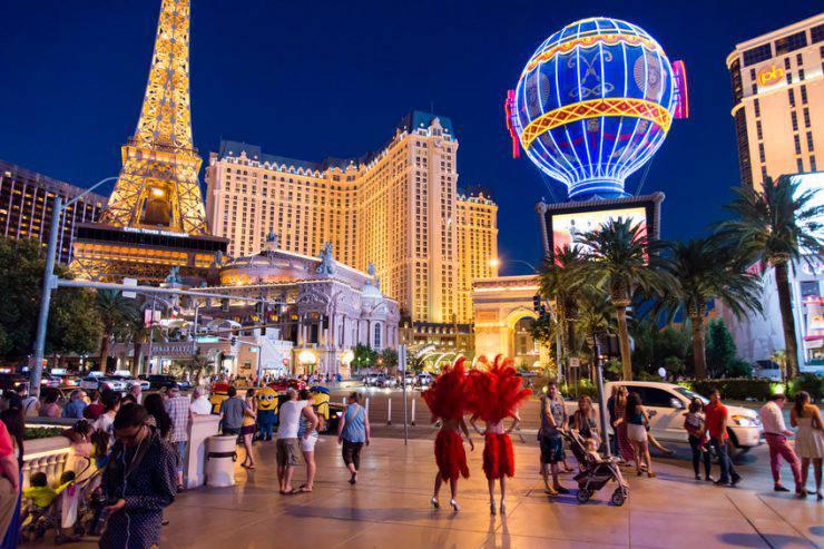 Las Vegas (tobiasjo, iStock)
