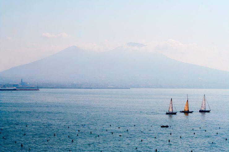 Vesuvio, Napoli (Angela Sorrentino, iStock)