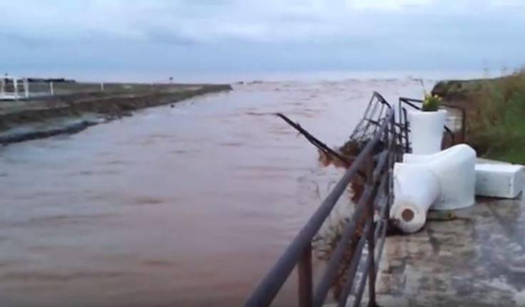Rosa Marina, Ostuni, la costa distrutta dal maltempo (Screenshot video Brindisi Oggi)