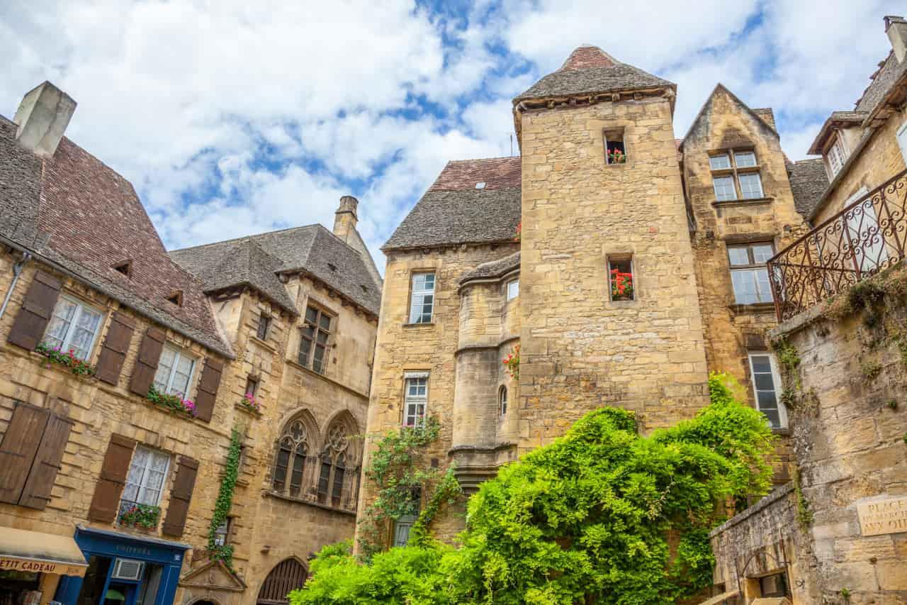 sarlat-la-canéda borgo francese