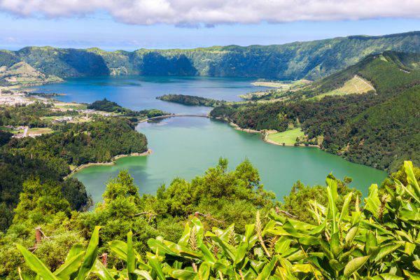 Lagoa das Sete Cidades, São Miguel, Azzorre (iStock)