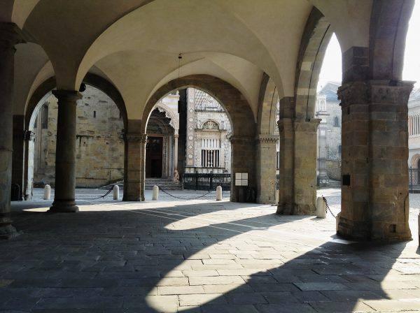 Portici di Piazza Vecchia, Bergamo (iStock)