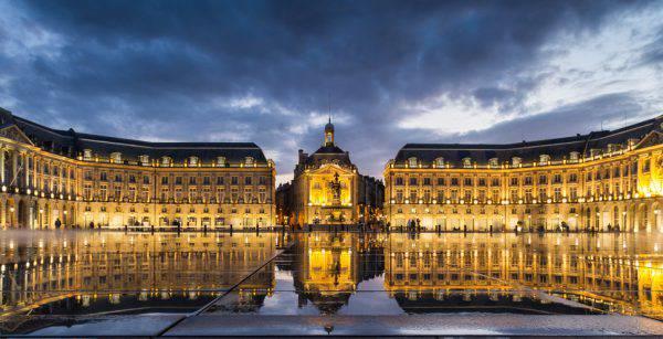 Bordeaux Place de la Bourse (iStock)