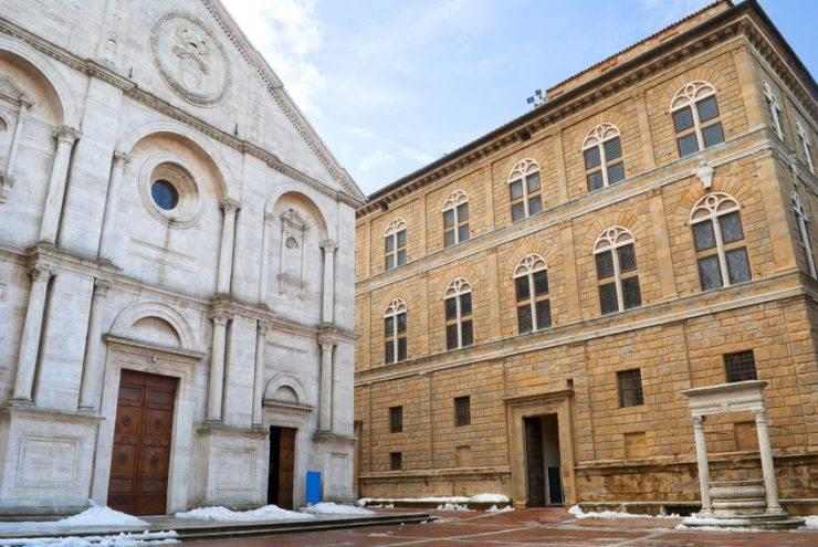 Pienza, il Duomo e Palazzo Piccolomini (Antonio Iannalfi, iStock)