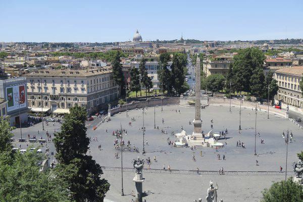 Roma, Piazza del Popolo vista dal Pincio (iStock)