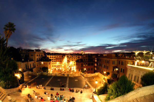 Roma, Trinità dei Monti (iStock)