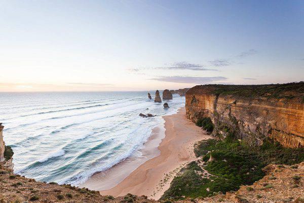 Great Ocean Road, i 12 Apostoli, Australia ( Michael John Sankey, CC BY-SA 4.0, Wikicommons)