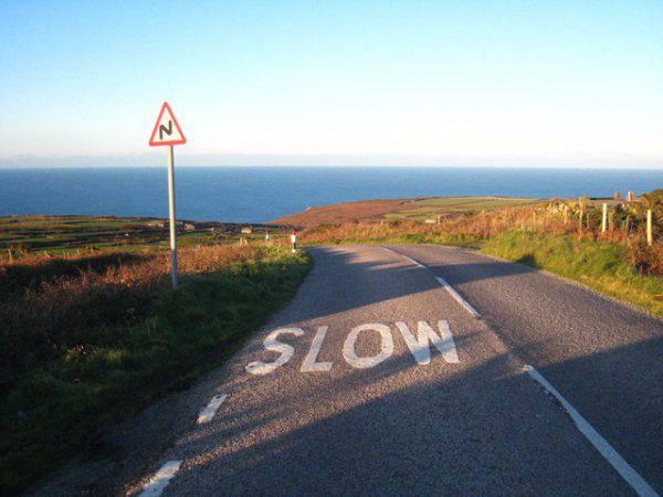 West Cornwall Coast Road, Cornovaglia (Rod Allday, CC BY-SA 2.0, Wikipedia)