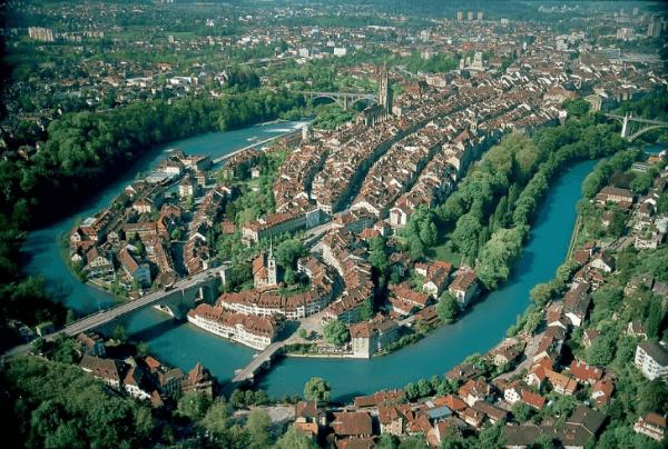 Berna dall'alto (Wikipedia)