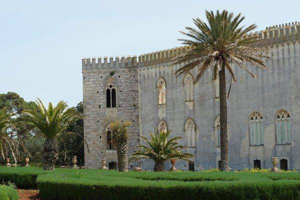 Castello di Donnafugata (Mboesch, CC BY-SA 3.0, Wikicommons)