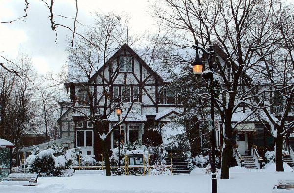 Saint-Lambert, Quebec (Rosana Prada - Flickr, CC BY 2.0, Wikicommons)