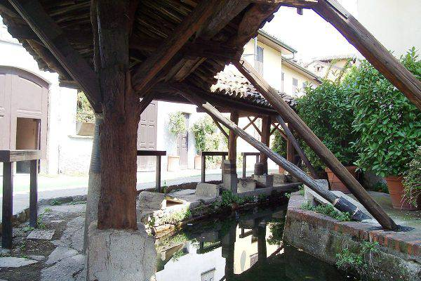 Vicolo Lavandai, Milano (Yorick39, CC BY-SA 3.0, Wikicommons)