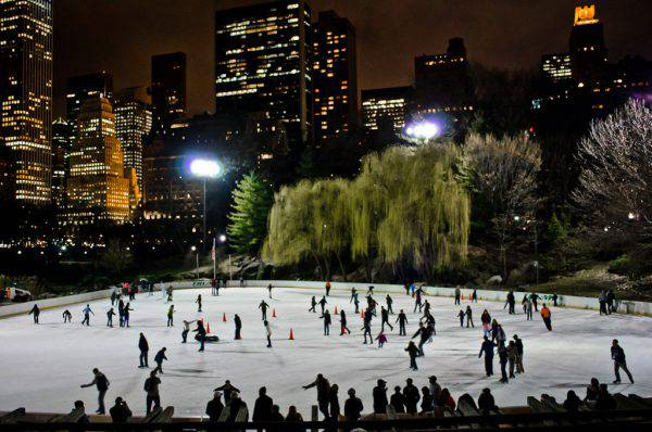 Wollman Rink, Central Park, New York (NYC JD, CC BY-SA 3.0, Wikicommons)