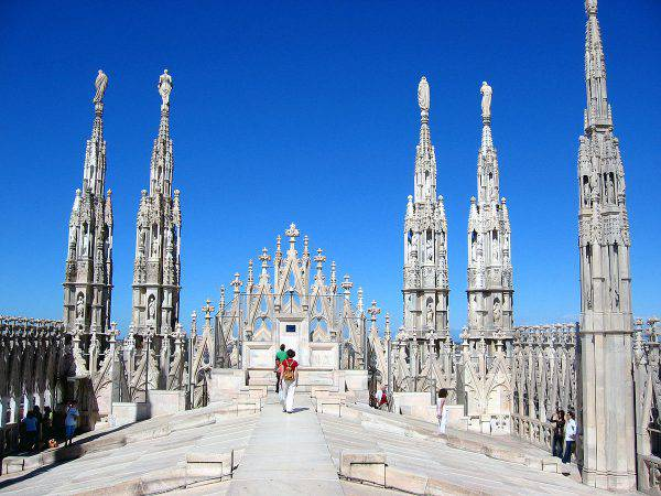 Terrazza del Duomo di Milano (Rüdiger Wölk, CC BY-SA 2.0, Wikipedia)