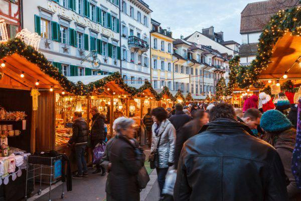 Mercatino di Natale a Lucerna (iStock)