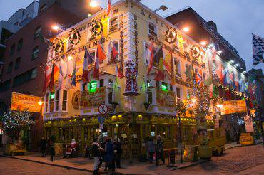 Natale a Dublino, il Temple Bar (William Murphy, CC-BY-SA 2.0)