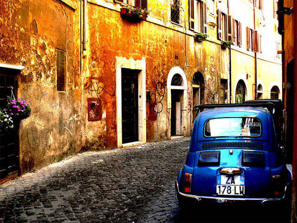 Roma, Trastevere (mozzercork - Flickr, CC BY 2.0, Wikipedia)