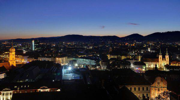 Graz (Taxiarchos228, CC BY 3.0, Wikicommons)