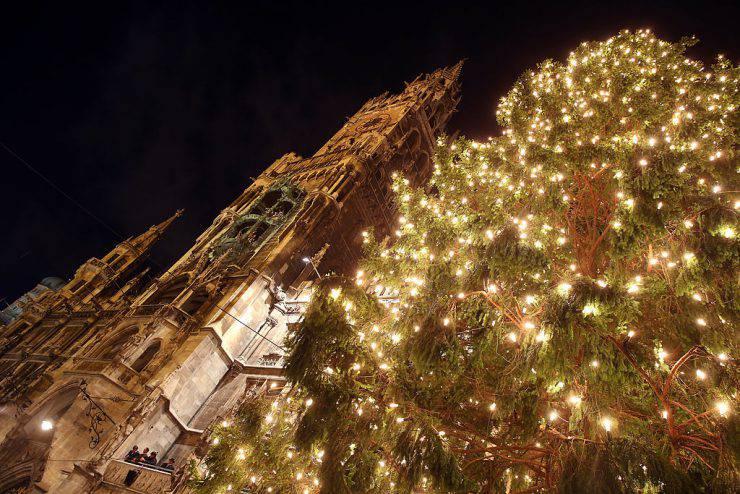 Albero di Natale a Monaco di Baviera ( Alexander Hassenstein/Getty Images)