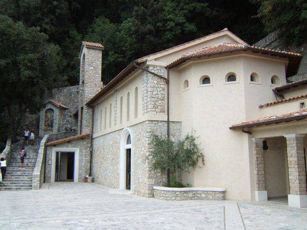 Greccio, Santuario di San Francesco (Florixc, CC BY-SA 3.0, Wikipedia)