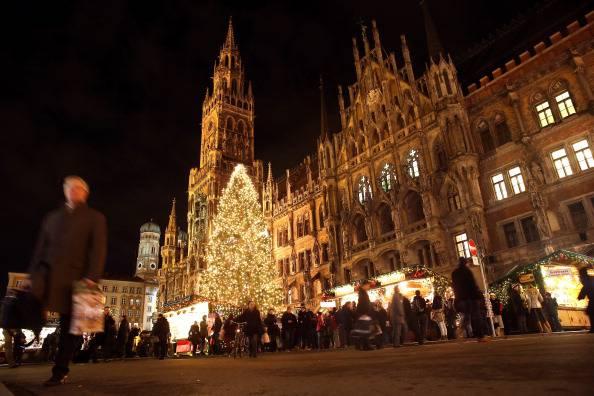 Natale a Marienplatz, Monaco di Baviera (Alexander Hassenstein/Getty Images)