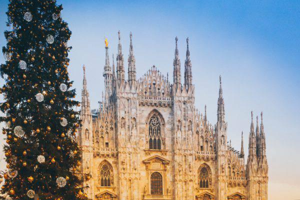 Albero di Natale in Piazza Duomo, Milano (iStock)