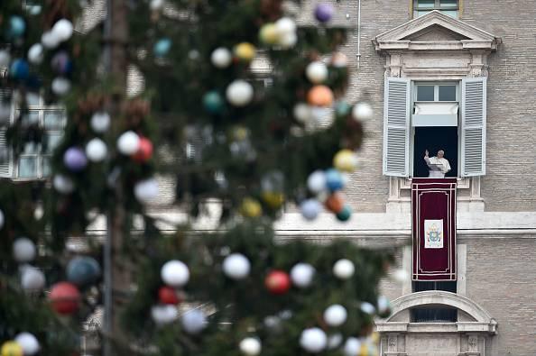Albero di Natale in Piazza San Pietro (ALBERTO PIZZOLI/AFP/Getty Images)