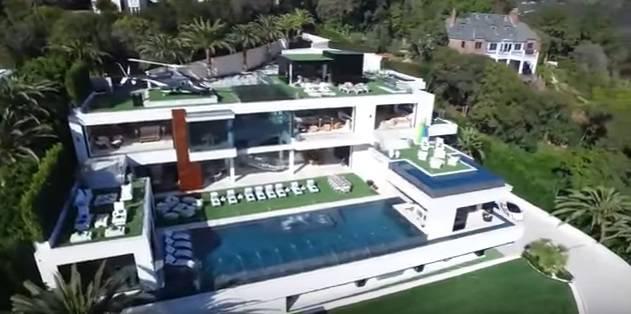 A los angeles la casa pi costosa e lussuosa del mondo for Casa lussuosa