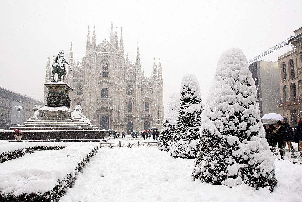 snow milan