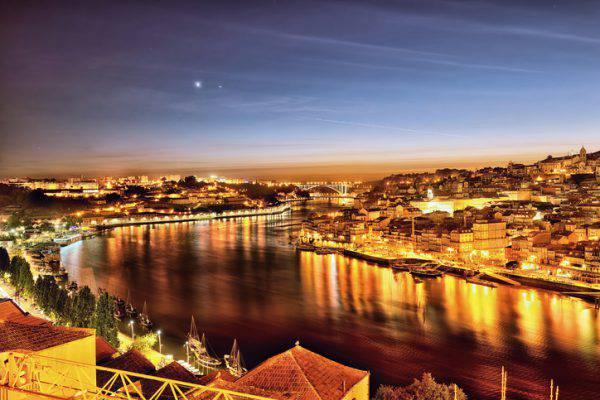 Douro Porto la sera