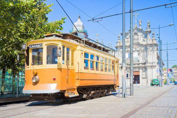tram oporto portogallo