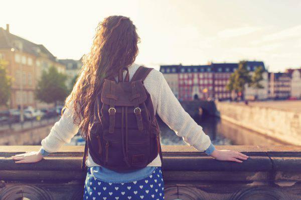 viaggio ragazza
