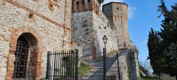 Castello di Montebello ed il fantasma di Azzurrina fonte sito ufficiale castellodimontebello