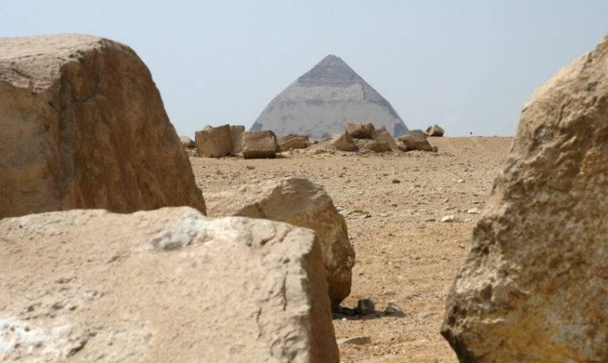 Scoperti resti di una nuova piramide che risalgono a 3700 anni fa