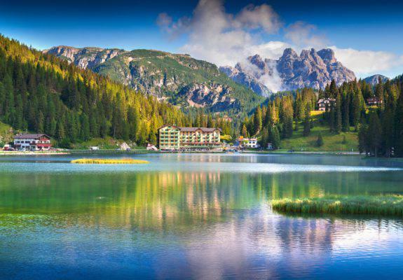 Vacanze al lago ad agosto in Italia
