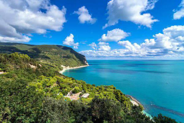 10 luoghi bellissimi marche