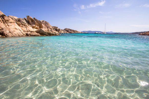 Mare italia i luoghi pi belli e spettacolari dove fare il bagno - Cascate in italia dove fare il bagno ...